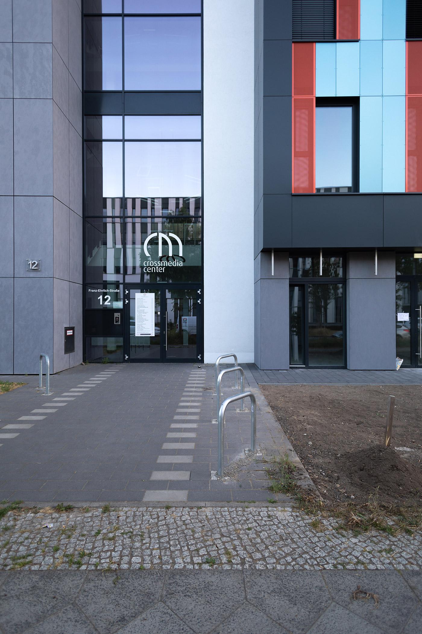 Vicent Architekten CMC2 Adlershof Eingang