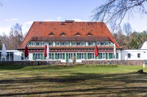 Vicent Architekten Hotel Döllnsee Seeseite
