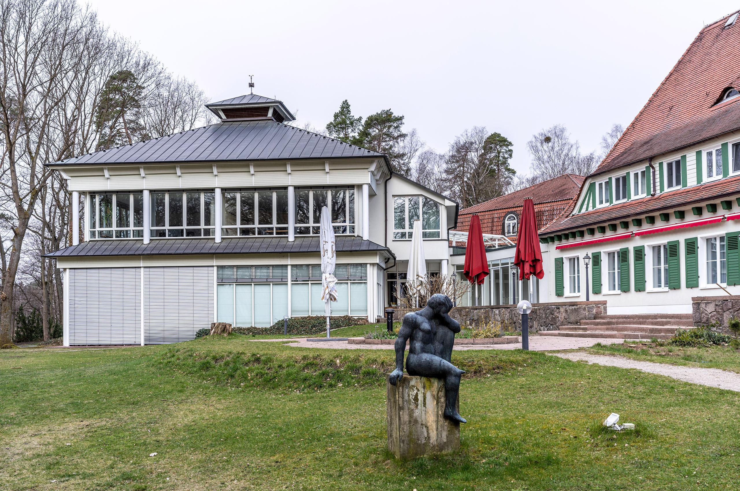 Vicent Architekten Hotel Döllnsee Ansicht