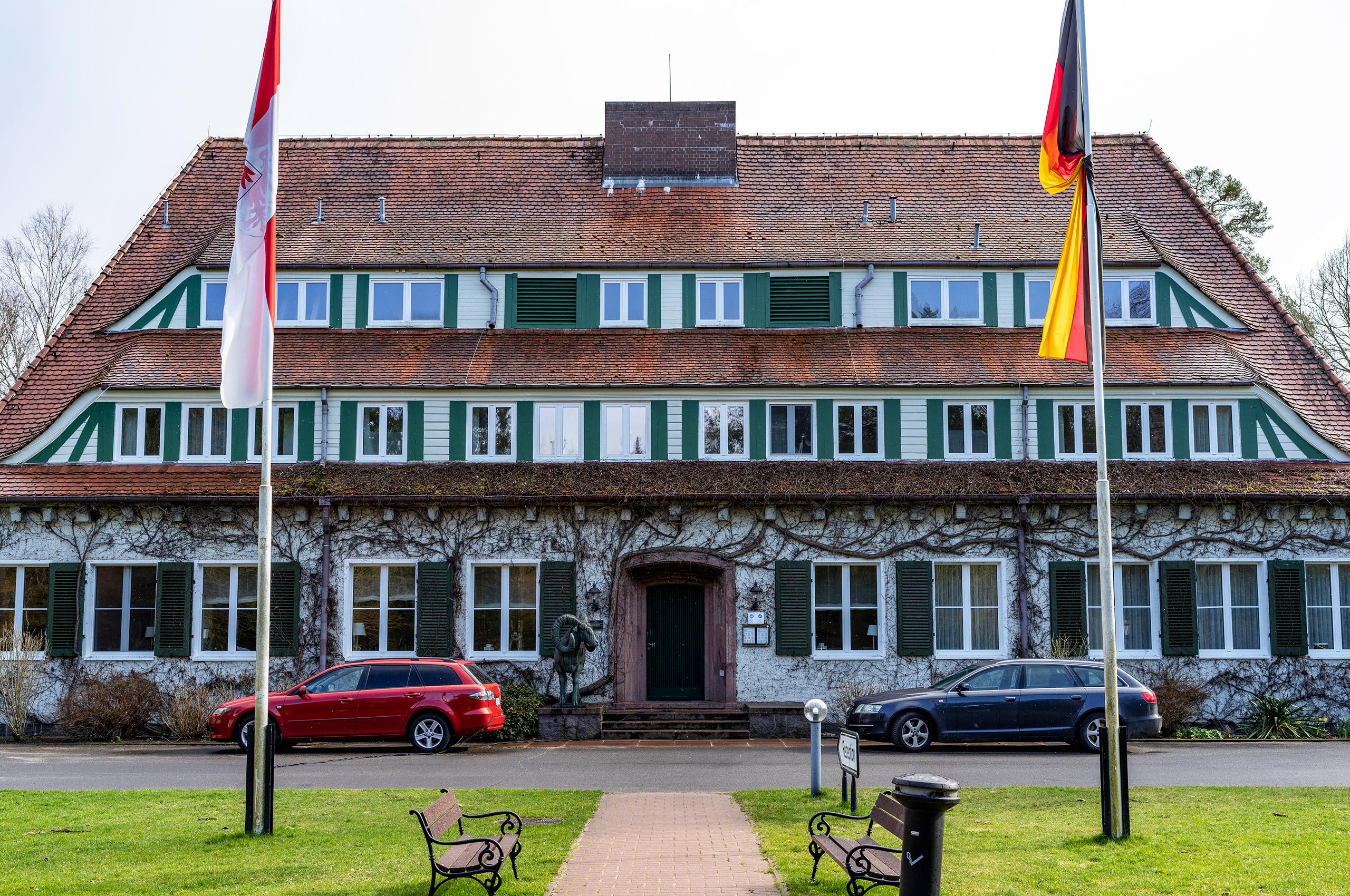 Vicent Architekten Hotel Döllnsee Eingang